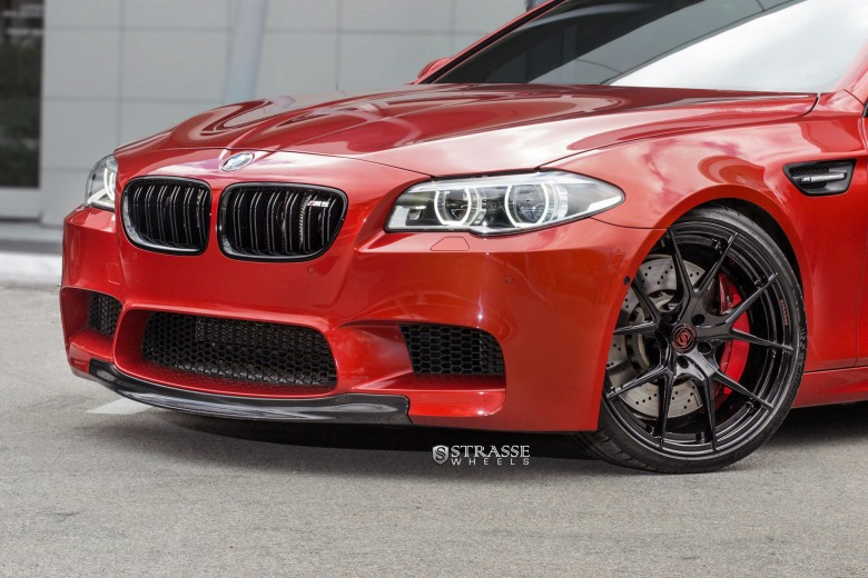 BMW M5 Looks Hot on Strasse Wheels
