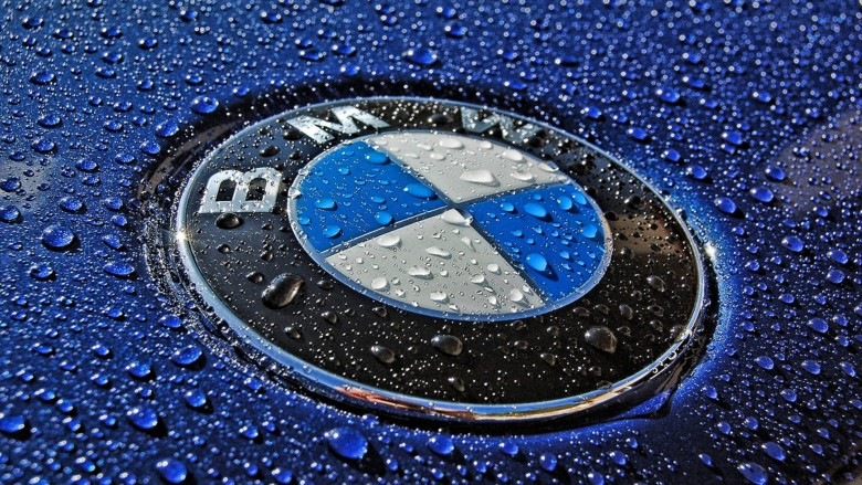 BMW`s Sales in November Keeps the First Place Worm, Mercedes-Benz Falls 13 Percent Behind