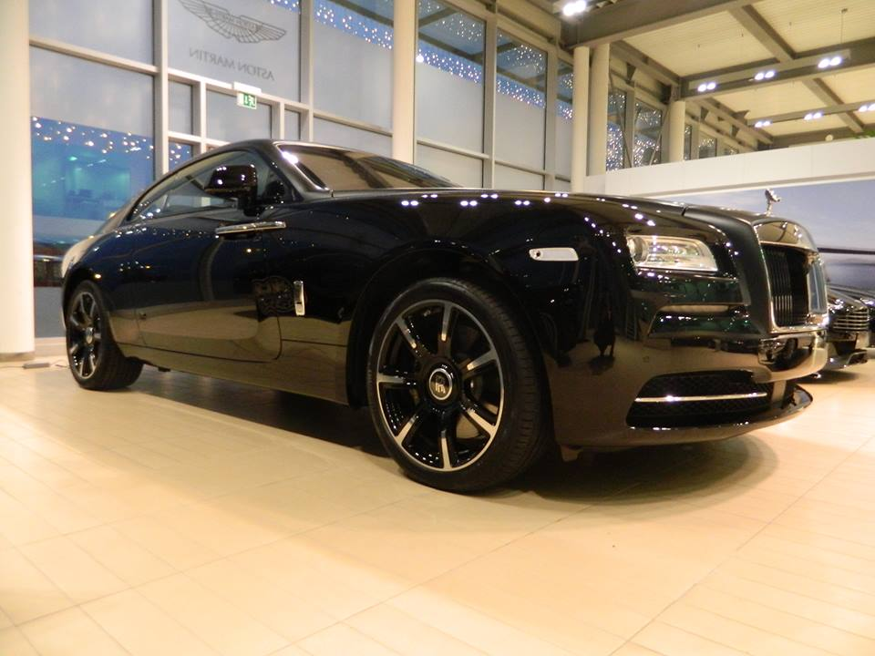 Rolls Royce Wraith Carbon Fiber Limited Edition Launched In Geneva