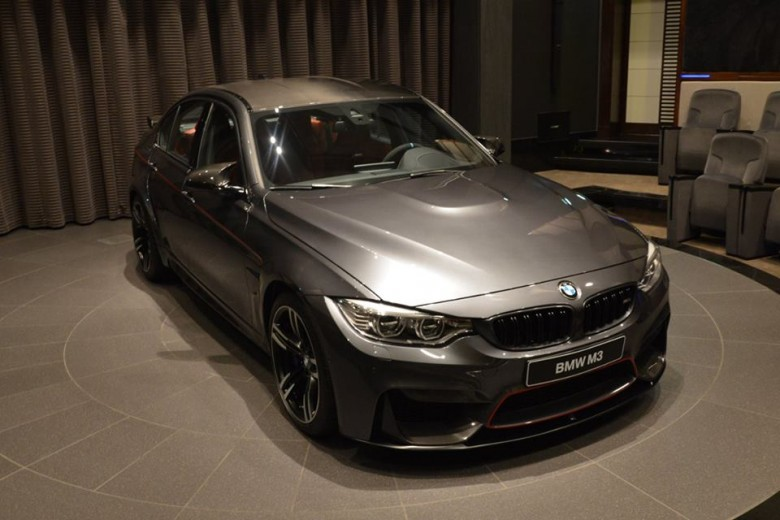 Photo Gallery Highlights Mineral Grey BMW M3 in Abu Dhabi