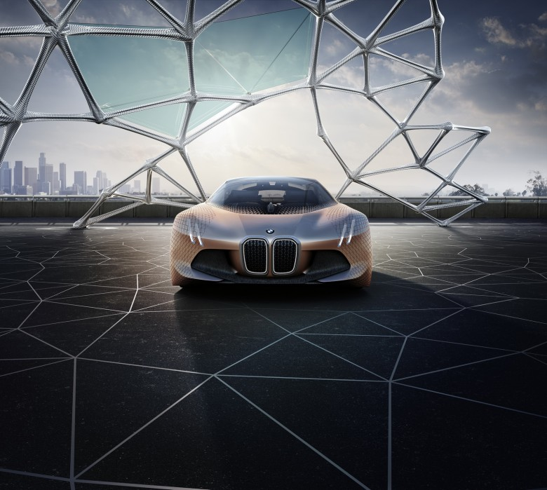 Videos: BMW Marks 100th Anniversary with the Vision Next 100 Concept