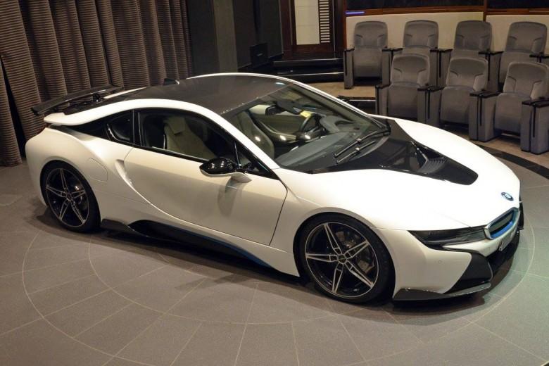 BMW i8 by AC Schnitzer Pops-Up at BMW Abu Dhabi