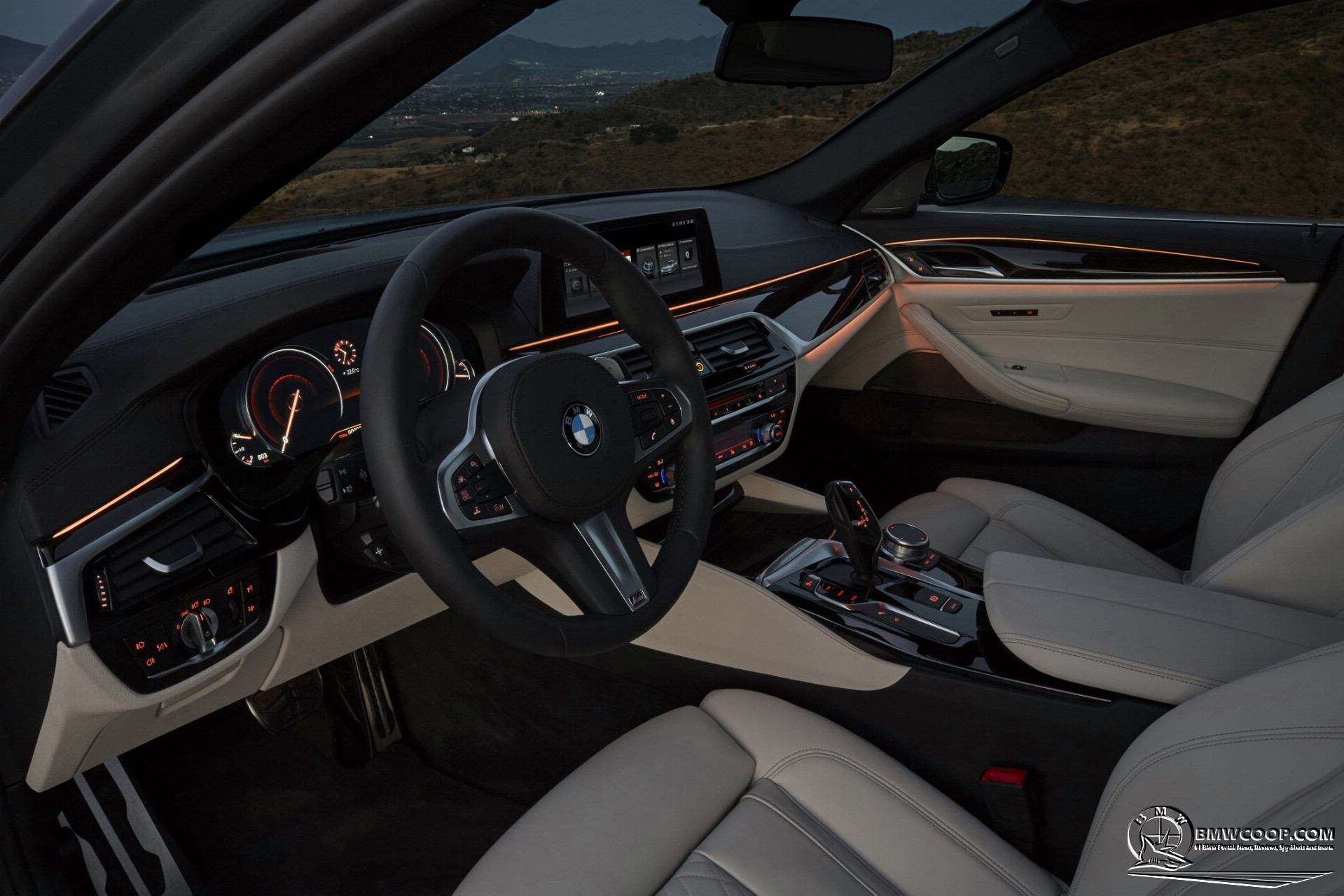 2017 BMW 5 Series Interior Ambient Lights