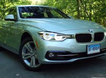 """Video: Consumer Reports Take 2017 BMW 330i for a """"Quick Drive"""""""