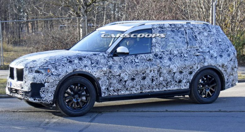 Report: BMW X7 with Hybrid Version