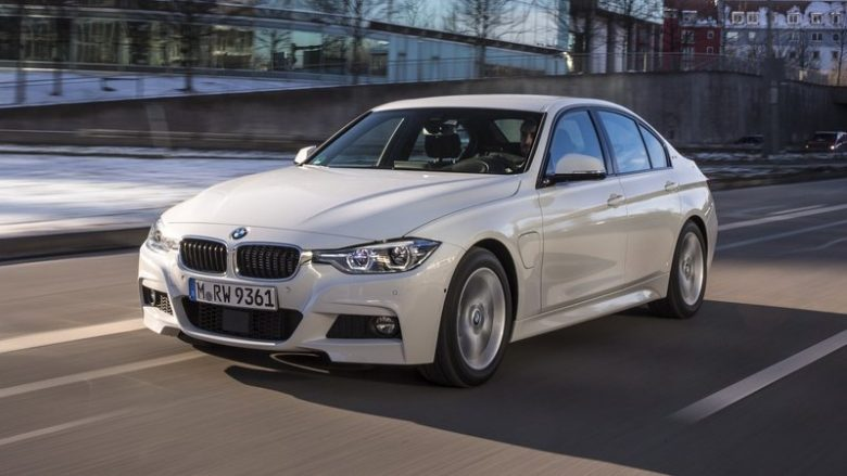 Battle of Hybrids: BMW 330e iPerformance, Audi A3 e-tron, Volkswagen Passat GTE and Volvo V60 D5 TwinEngine