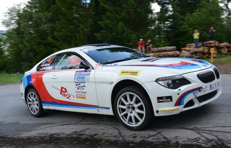 Video: E63 BMW 650i Might Be the Weirdest Racer We Have Ever Seen