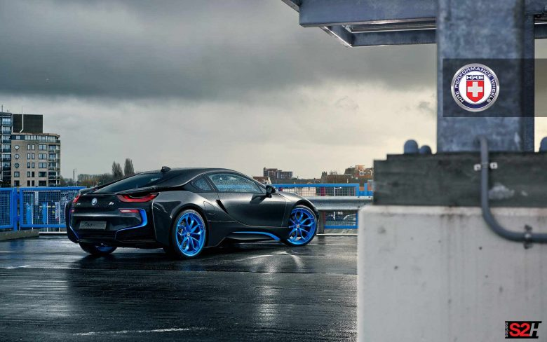 Frozen iElectric Blue BMW i8 Sits on HRE Wheels