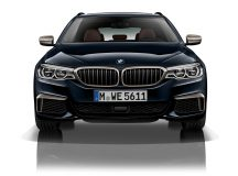 2017 BMW M550d xDrive Flexes Its Muscle at 400 HP