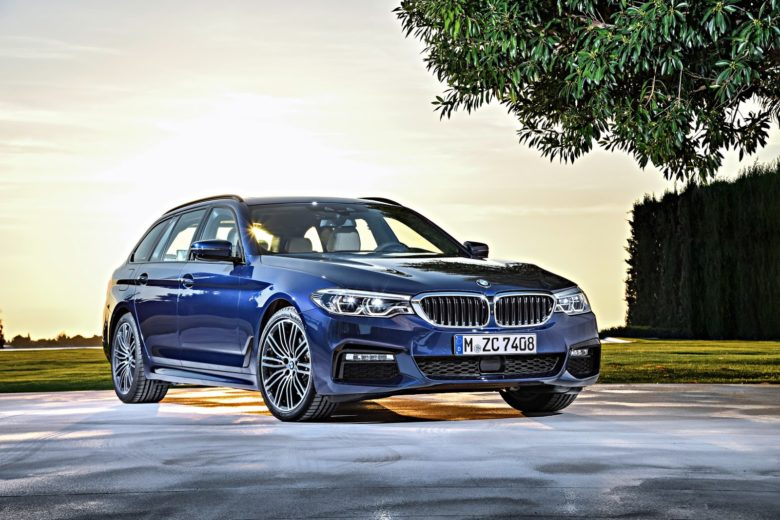CarWow Reviews 2018 BMW 5-Series Touring – It Drives like Magic