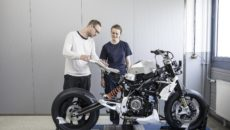 Video: BMW Motorrad Unveils Concept 9cento Superbike
