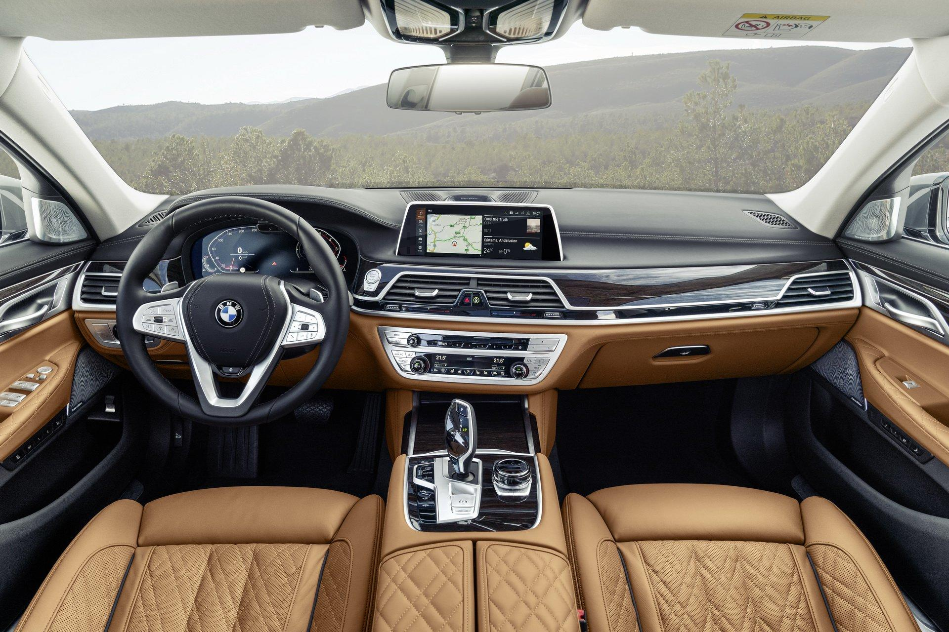 2020-G11-G12-BMW-7-Series-Facelift-Interior