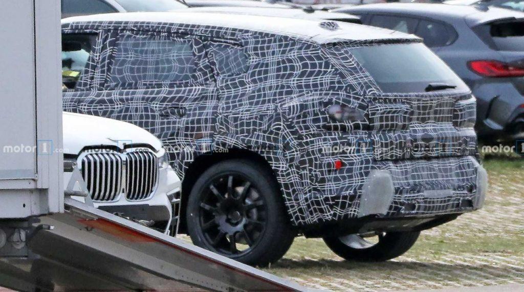 2022 BMW X8 Spied